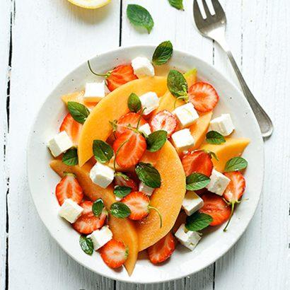 Salade de melon et fraises à la fêta